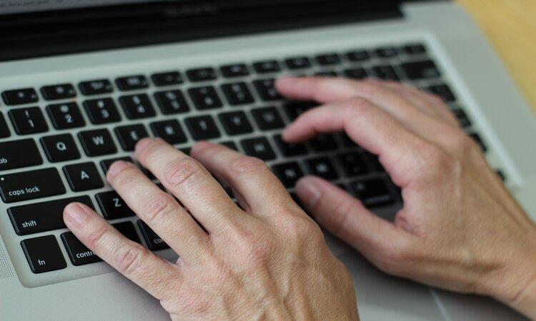 Procurar emprego em sites web